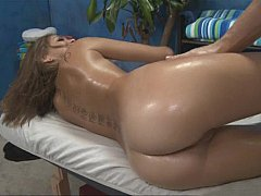 Riley  Cute Riley Gets Massage Of Her Life^beeg