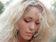 Madonna  Young Beautiful Blondie Posing^beeg
