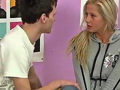 Kissing And Fucking His Cute Teenage Girl